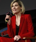 jodie-whittaker-at-doctor-who-bbc-america-official-panel-at-new-york-comic-con-new-york-city-4.jpg