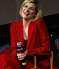 jodie-whittaker-at-doctor-who-bbc-america-official-panel-at-new-york-comic-con-new-york-city-5.jpg