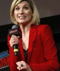 jodie-whittaker-at-doctor-who-panel-at-new-york-comic-con-10-07-2018-6.jpg