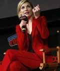 jodie-whittaker-at-doctor-who-panel-at-new-york-comic-con-10-07-2018-7.jpg